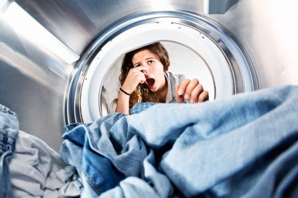 Как избавиться от запаха в стиральной машине самостоятельно